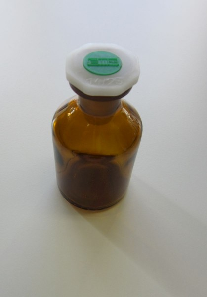 Standflasche, enghals 50ml mit NS14 und PE-Stopfen