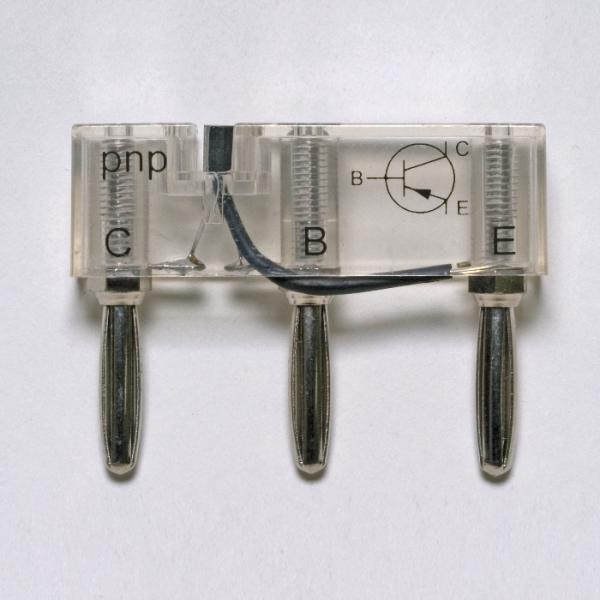 Transistor pnp, auf Steckelement