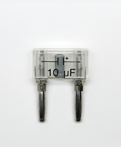Elektrolytkondensator auf Steckelement, 10 µF
