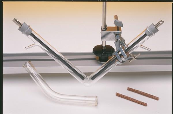 Kohle-Elektrode zu Reaktionsrohr