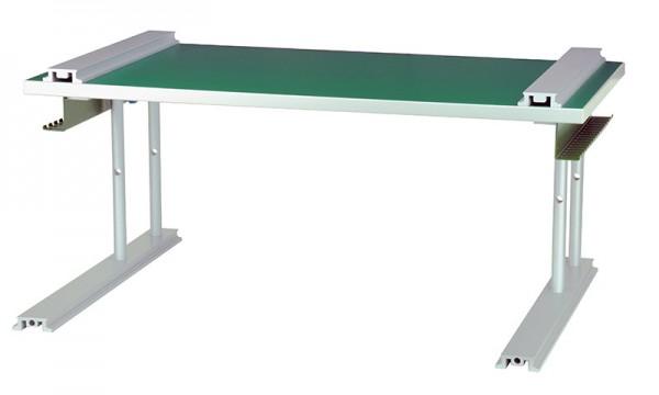 Tischaufbau mit Gestell