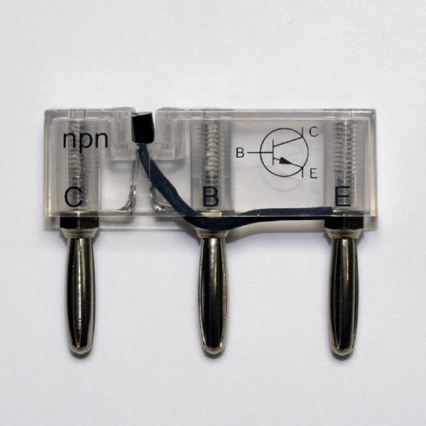 Transistor, npn, auf Steckelement