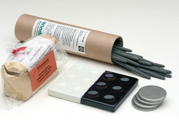 Verschlussplatten zum Thermit-Versuch