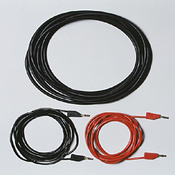 Satz Treibriemen und Kabel