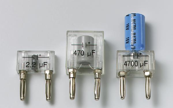 Elektrolytkondensator auf Steckelement, 470 µF/16 V